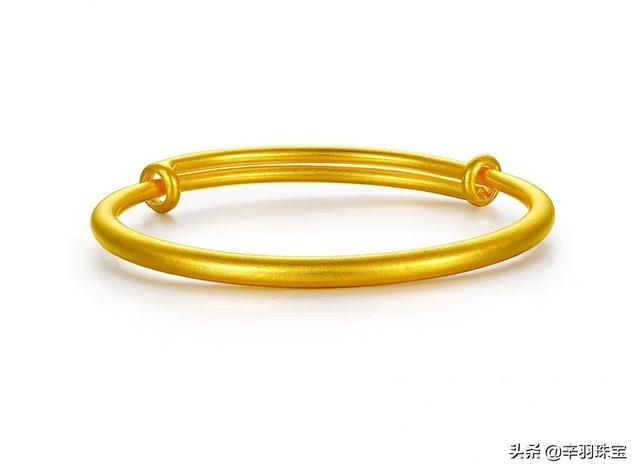 黄金手镯手链哪个经典不过时?