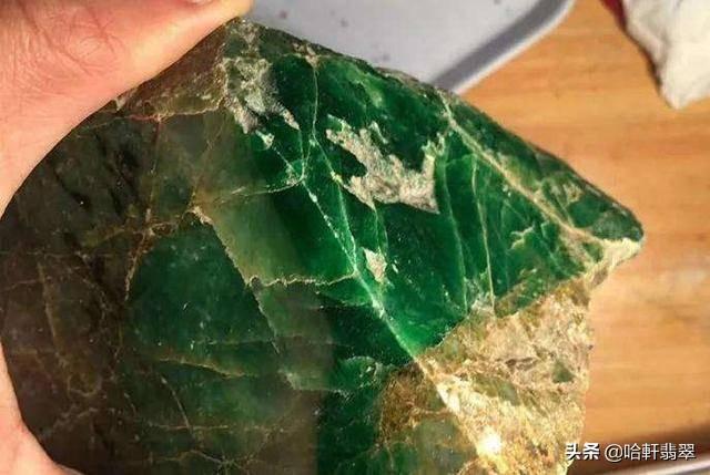 翡翠原石哪个场口的料子好翡翠原石-第10张图片-翡翠网