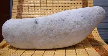 翡翠原石外面为什么有一层皮,翡翠原石皮壳-第7张图片-翡翠网
